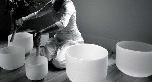 Crystal Bowls and Reiki Healing Hour @ The Yoga Room | Farmingville | New York | United States
