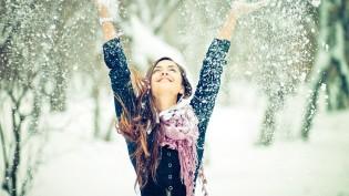 happy-girl-winter-snow-snowflakes-self-love