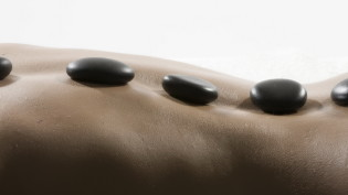 hot-stone-therapy-01